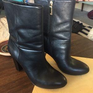 Banana Republic Black Leather Heels Boots Sz 7.5